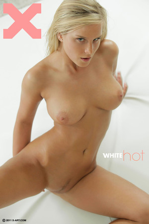 Mary - White Hot